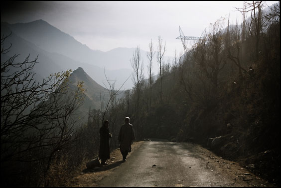 road in kashmir juliette robert