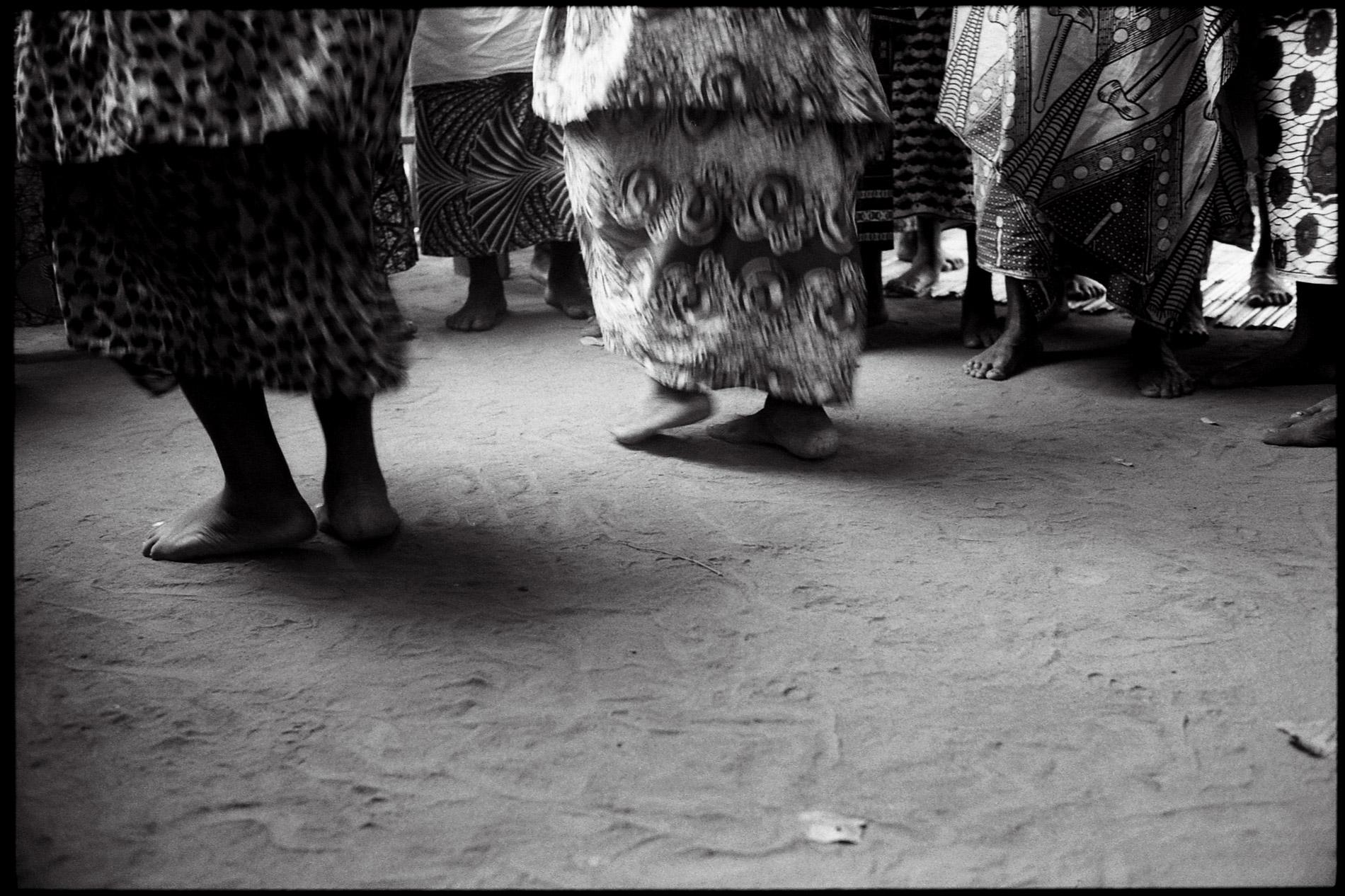 Danses et chants traditionnels des Vodounsis (adeptes vaudou) du village d'Atogo au Benin