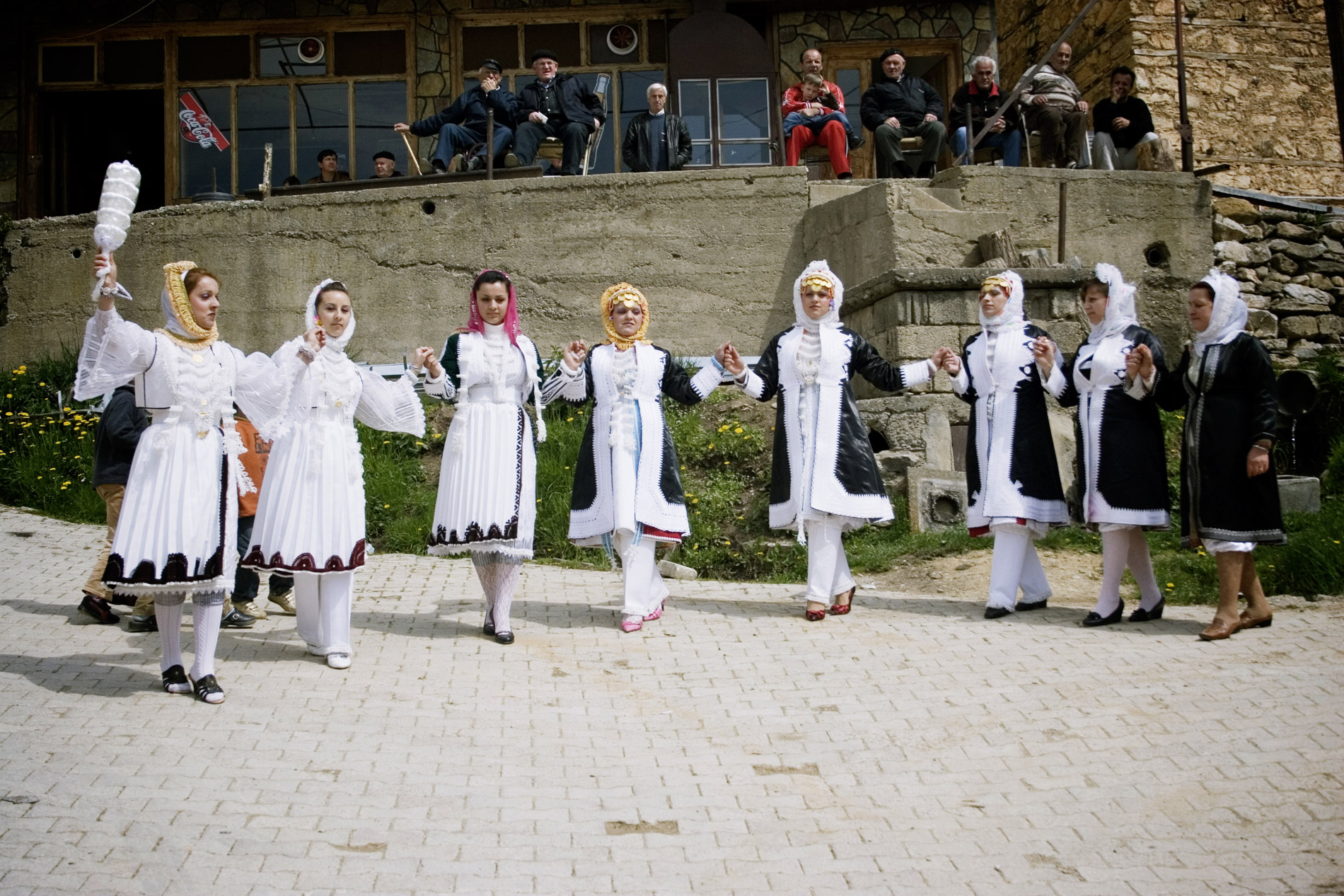 Rencontrer femme kosovo