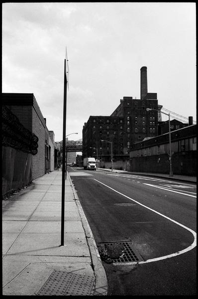 NY06-17web