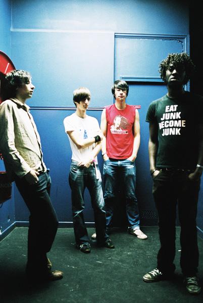 Bloc Party | novembre 2004