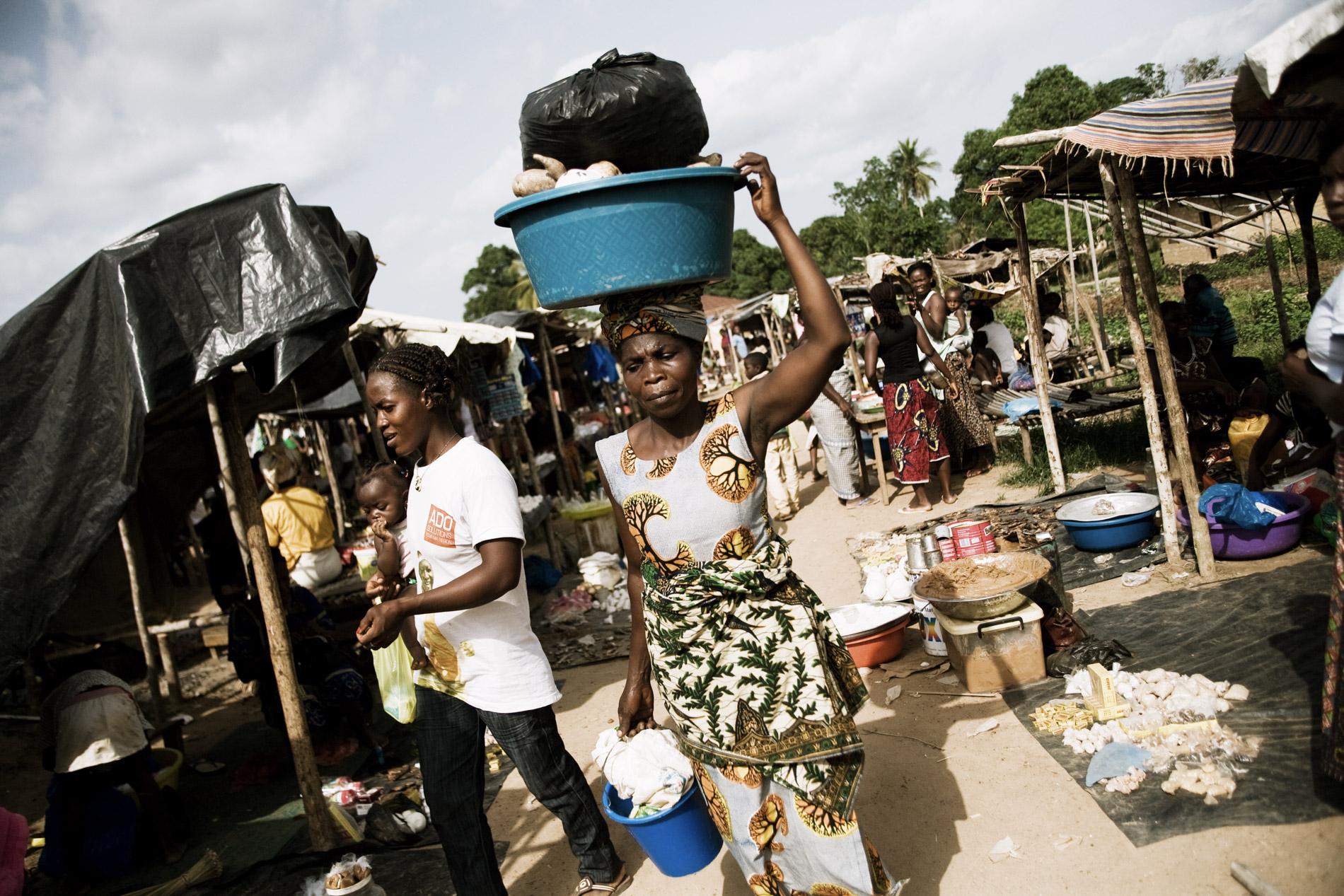 Refugies Ivoiriens a Buutuo Liberia.