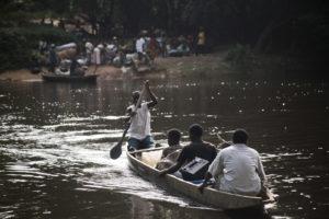 liberia-refugies-ivoiriens-0311-2101hd thumbnail