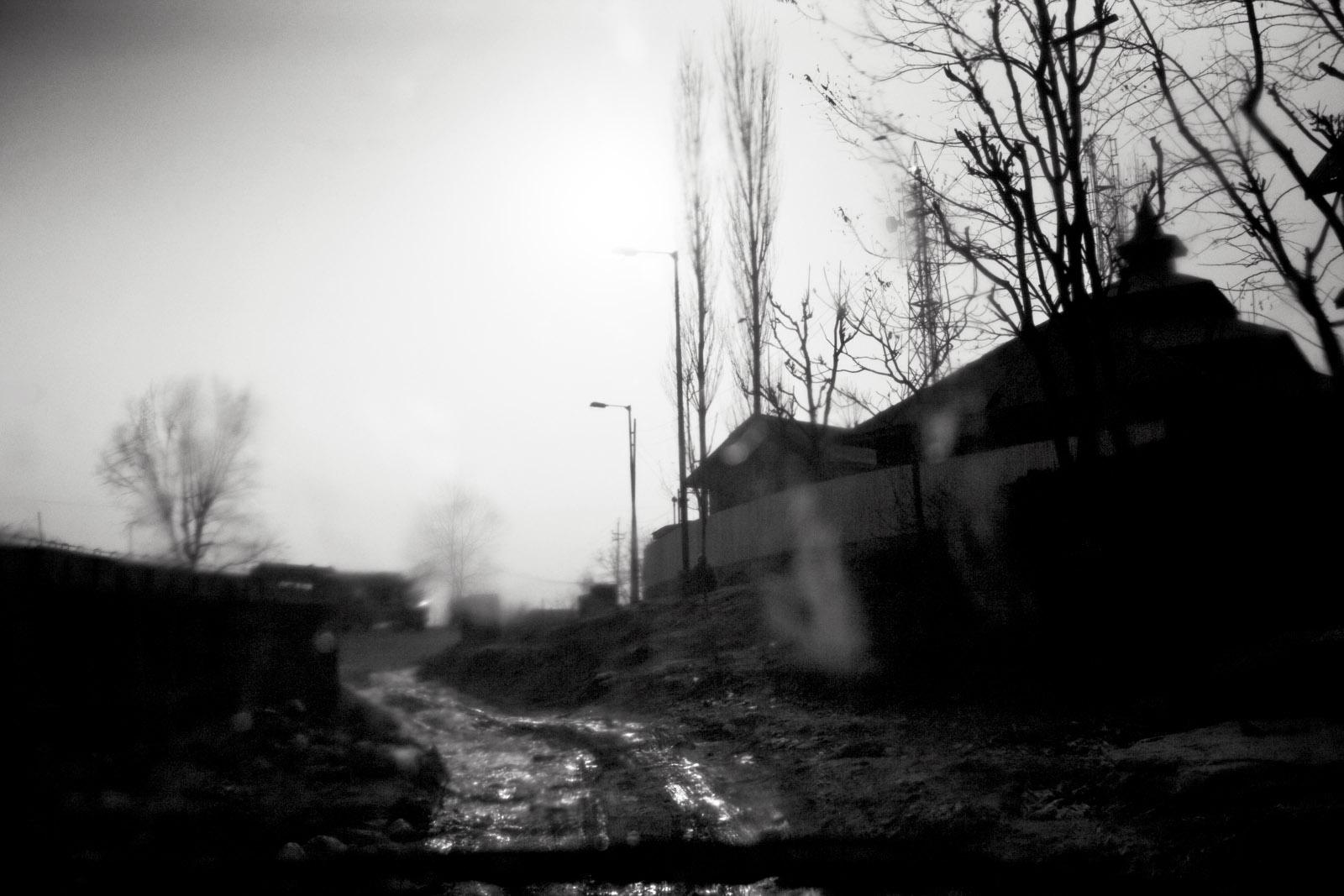 Road village in Kashmir
