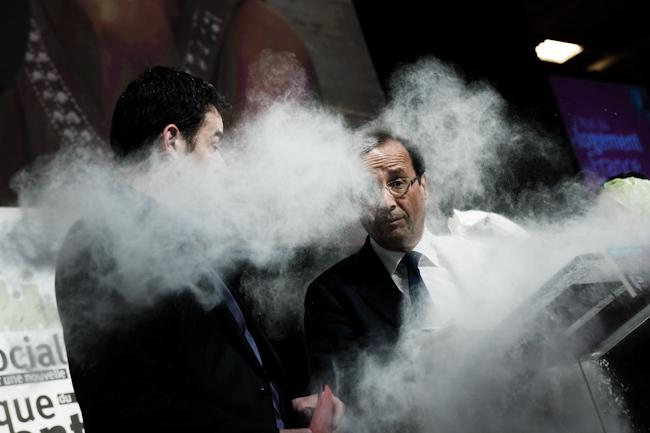 François Hollande enfariné février 2012