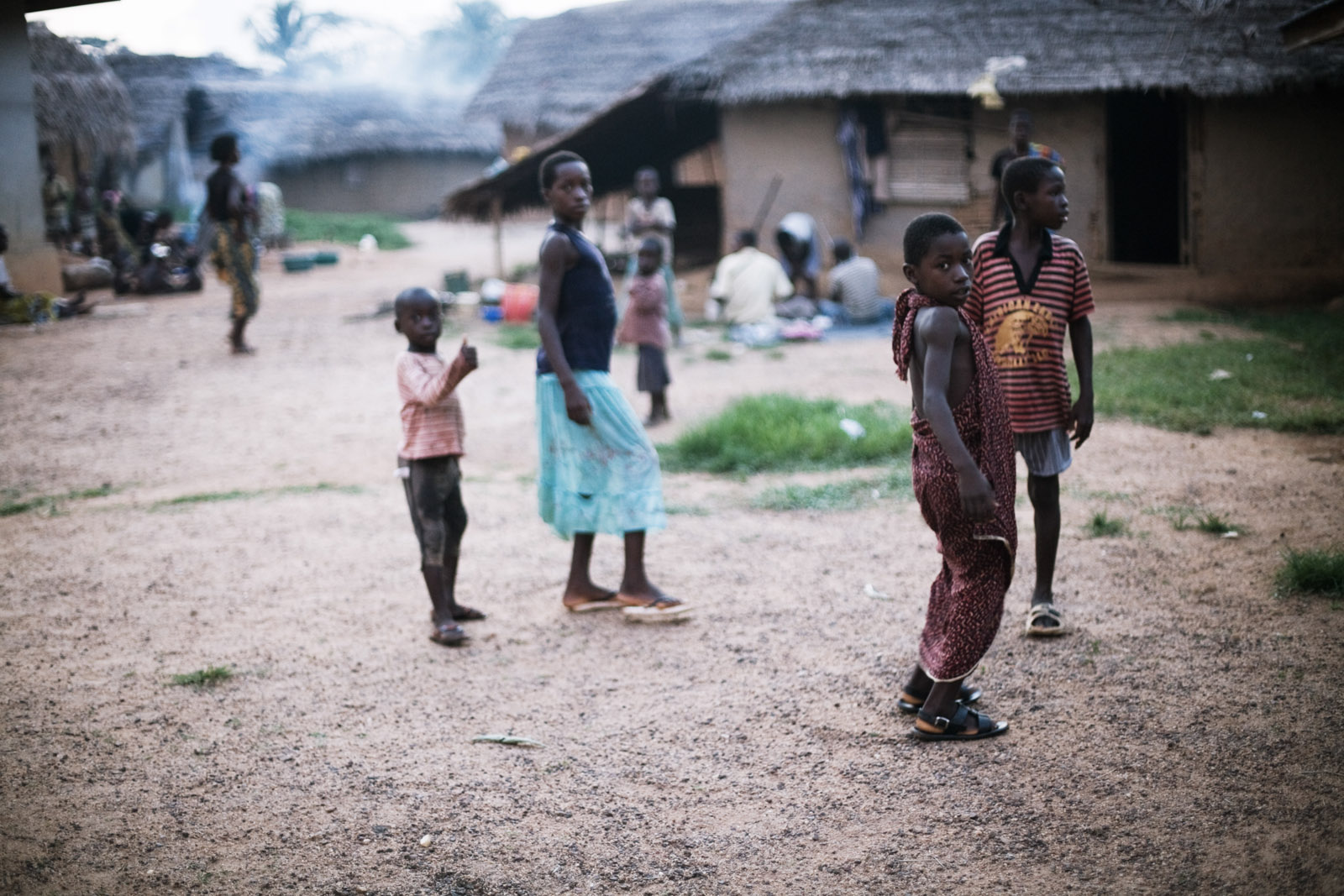 Réfugiés ivoiriens à Janzon, dans le comté de Grand Gedeh au Liberia. Mars 2011. Ivorian refugees in Janzon, Liberia. March 2011.