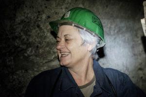 2015 - Les femmes mineurs de Breza thumbnail